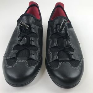 ECCO Leather Sneaker Metal Toggle on Laces Black